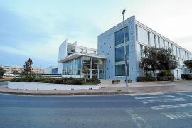 Los trabajadores de las residencias de Ibiza que dependen del Govern piden el plus Covid