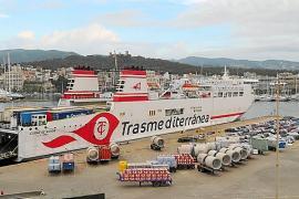 La naviera Grimaldi pagará 400 millones por la compra de Trasmediterránea a Armas