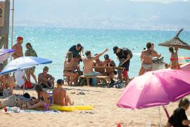 Parón de reservas hacia las Islas al elevar la alerta sanitaria Berlín