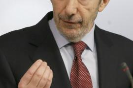 Rubalcaba pide a Rajoy que dimita al no verle capaz de sacar al país adelante
