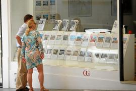 ¿Hay que frenar la venta de viviendas a los extranjeros?