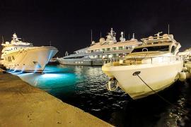 Cerca de 400 personas de las Islas perciben supersueldos de más de 50.000 euros al mes