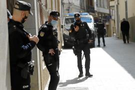 Un adolescente, agredido y vejado en Palma por su padre y su hermano por ser gay