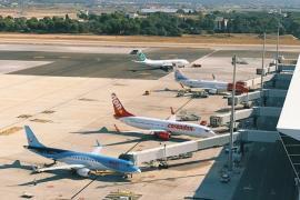 La capacidad aérea hacia las Islas se incrementará un 124 % de julio a septiembre