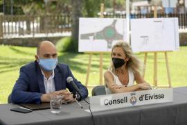 La firma del convenio por la peatonalización de Sant Carles, en imágenes.