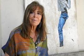 Maria del Mar Bonet: «El Gobierno tiene que dejar de invertir en guerra y ayudar a los demás»