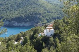 Ibiza, el lujo hecho villas en el que los expertos recomiendan invertir
