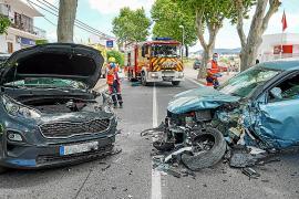 Cinco heridos en un violento choque entre tres coches en el acceso a Sant Antoni