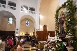 Las Pitiusas rinden homenaje a la Virgen del Carmen, patrona de la gente del mar