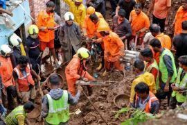 Servicios de rescate en Bombay