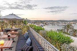 El Restaurante Sabbaba y la terraza-coctelería del Hotel Montesol, punto de encuentro de este verano