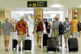 Ibiza, el segundo aeropuerto del país con más movimiento de británicos tras el 'freedom day'