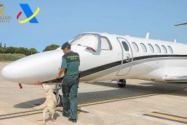 Ingresa en prisión la estrella del póker que aterrizó en Ibiza con 1,5 kilos de drogas