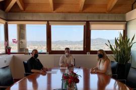 Vila y el Obispado firman un convenio para el mantenimiento y promoción del Museo Diocesano