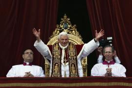 El Papa renuncia al pontificado