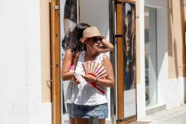 Ibiza y Formentera estarán este sábado en alerta naranja por temperaturas de hasta casi 40 grados