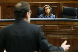 Rubalcaba pide a Rajoy que dimita y el presidente le exige  transparencia en sus cuentas