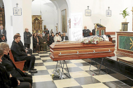 Emotivo adiós a Vicent Guasch, un padre para Santa Eulària