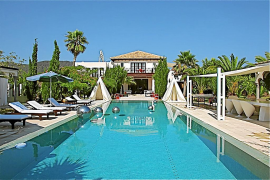 El tío 'vividor' de Kate Middleton vende su mansión de Eivissa