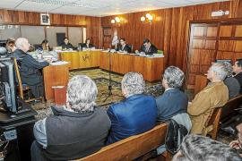 Absueltos los seis acusados de hacer una obra ilegal en el camino de Punta Grossa