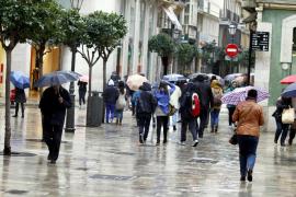 Baleares, en alerta amarilla por lluvias, fenómenos costeros y viento