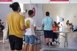 Ibiza es la isla de Baleares que más dosis ha puesto este fin de semana a jóvenes de 12 a 15 años