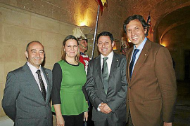 Premis Ramon Llull y Medalles d'Or de la Comunitat