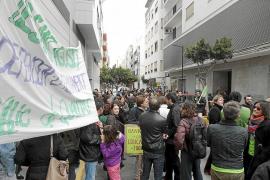 Seguimiento desigual de la huelga de docentes en  Eivissa y Formentera