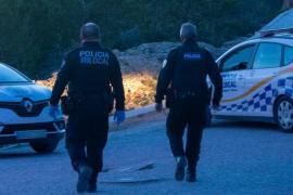 Policía Local de Ibiza interpone 14 denuncias en un botellón en sa Punta
