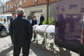 Hallados los cadáveres de un matrimonio con disparos de escopeta en Cáceres