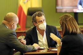 El PP pide elecciones ya y Armengol les acusa de buscar rédito electoral