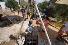 Las mejores imágenes del Taller d'Arqueologia d'Estiu del Museu Arqueològic para niños.
