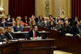Vía libre a los nuevos impuestos con críticas de la patronal al PP y aplausos a la izquierda