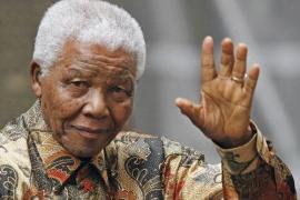 Mandela ya respira «sin dificultad» y sigue  respondiendo al tratamiento