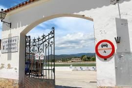El campo municipal deportivo de Consell cambiará su nombre si así lo quieren los vecinos
