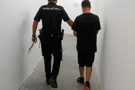 Libertad provisional para un detenido por el robo con violencia de dos relojes valorados en 63.000 €