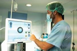 Cirugía de retina sin salir de la isla de Ibiza