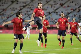 España se mete en semifinales con un triplete de Rafa Mir