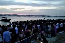 Formentera se inunda de fiestas sin control a los pies del Parque Natural