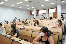 Los docentes interinos ya pueden volver a tramitar destinos