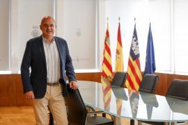 El Consell firma convenios por valor de 4,7 millones de euros con los cinco ayuntamientos de Ibiza