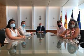 El Consell de Ibiza y Pimeef firman un convenio para la promoción del producto local por un importe de 150.000 euros