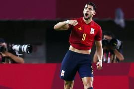 Soccer Football - Men - Quarterfinal - Spain v Ivory Coast
