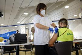 Las tripulaciones de Baleària ya están vacunadas gracias a un plan de vacunación adicional