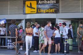 Los británicos vacunados podrán seguir viajando a Baleares sin cuarentena a su regreso