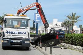 En estado muy grave un motorista que se estrelló contra un muro en Vila
