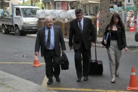 Cardona afirma que no encargó los folletos electorales del PP como conseller