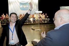 El PP de Eivissa espera que Cardona sea inocente y no sabe nada de los folletos