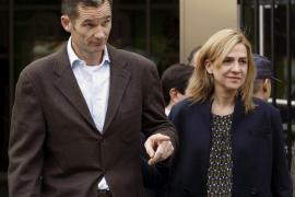 El juez pide las diez últimas declaraciones de renta de la Infanta y de Urdangarin