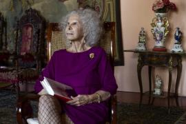 La duquesa de Alba está ingresada en un hospital de Roma tras una caída